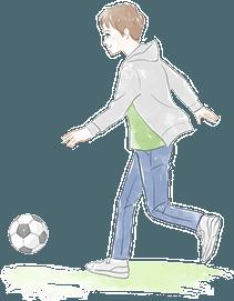 サッカーをするお子さん